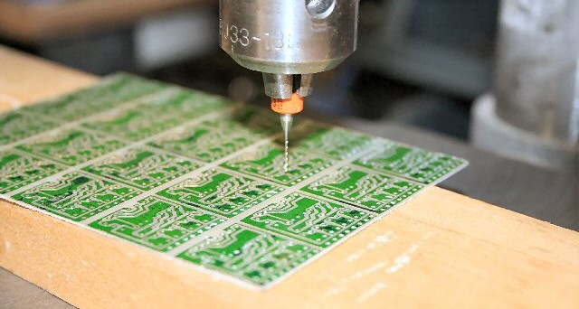 PCB-drilling2